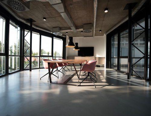 ¿Qué es mejor para su negocio: la limpieza de equipo o la limpieza por zonas?